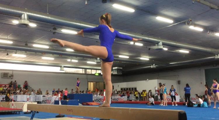 Anastasia Sarracco ginnastica artistica in allenamento