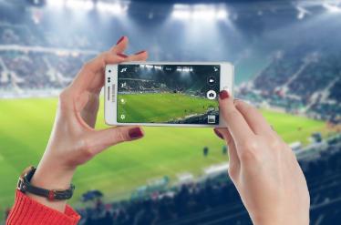 micro influencere sportivi, catturano ogni momento della vita e dello sport tramite smartphone